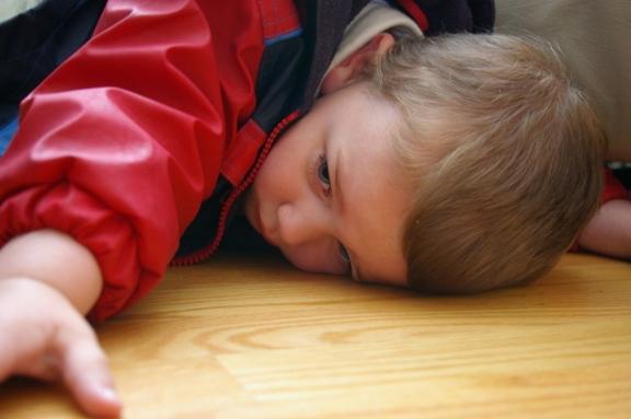 pouting-child-1436186-639x424